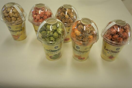 ポップコーン(ストロベリー、抹茶、キャラメル、チーズ&キャラメル、金ごま、梅)